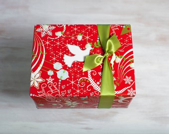 Red Recycled Gift Wrap, Designer Wrapping Paper, Eco-Friendly Christmas Hanukkah Packaging, Winter Wonderland, Dove, Green, Made in the USA