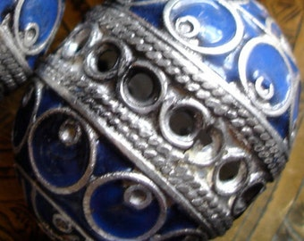Enamel large Moroccan marjorelle blue focal bead