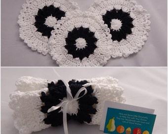 Crochet Dishcloth Gift Set – Includes Gift Card – Flower - Black and White