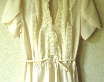 Lace Dress polyester knit beige day dress puffy tulip sleeves tie belt knee length office evening feminine pretty vintage 70s women small S