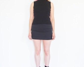 90s Minimal Sleeveless Black Knit Blouse
