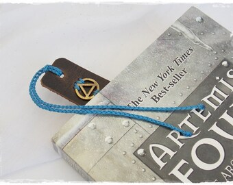 Sobriety Bookmark, Leather Recovery Bookmark, Leather Bookmark, AA Bookmark, Alcoholics Anonymous Bookmark, Serenity Bookmark, Recovery Gift
