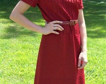 Vintage 1960s Ladies Wine Mod Scooter Dress by Leslie Fay Medium Only 14 USD