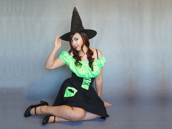 Women Witch Costumes UK