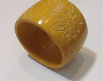 Butterscotch Lucite Bangle