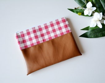 Red gingham clutch with faux leather, brown clutch, vintage inspired, Small bag, Clutch bag, Clutch purse, Leather purse, Womens purse