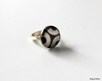 Metal Button Ring, Wire Wrapped Ring, Silver Wire Ring, Silver Circles Ring, Black Button Ring, Monotone Ring, Button Jewelry, Chunky Ring