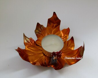 Maple Leaves In Autumn (Copper Sheet Tealight Holder - Tealight Plate With Sycamore Leaves)