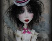 Victoria - Art Doll...