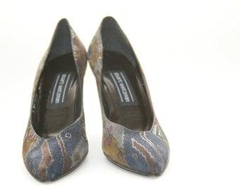 Stuart Weitzman -  Grey Suede Heels - Size 7 Ladies Shoes - Vintage