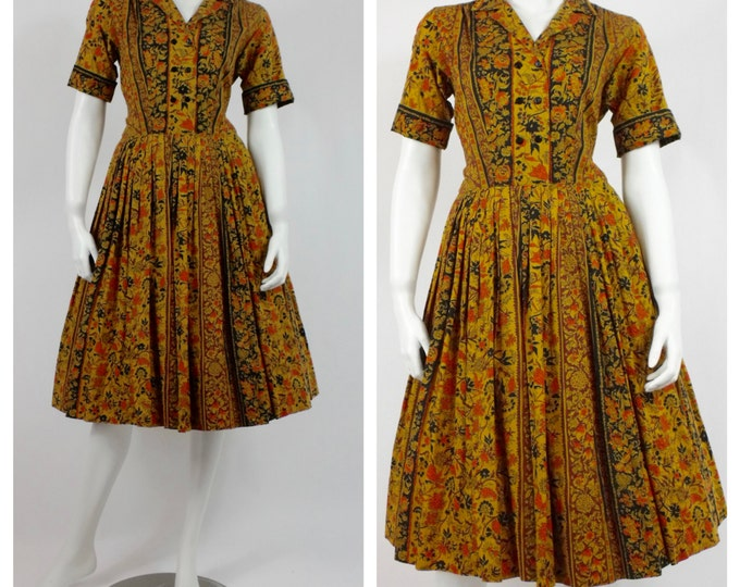 1950's Floral Day Dress - 50's Cotton House Dress - Vintage Rockabilly Dress - Vintage New Look Cotton Dress -  Mad Men Dress - Size 4 to 6