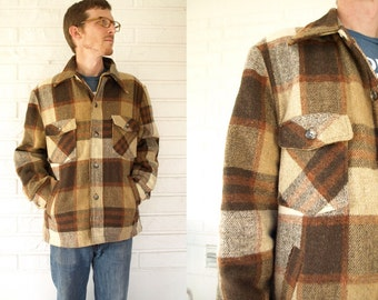 Vintage men's plaid lumberjack coat shirt size 44 medium M or large L retro grunge lumberjack fall jacket