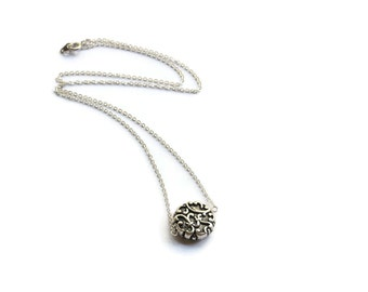 Simple Monogram Style Vintage Bead Necklace