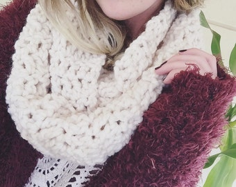 Big, Cozy Infinity Scarf - Chunky Winter Scarves - Cream OR Black - Super Warm and Comfortable - Ready to Ship - Noelebelle