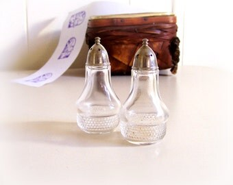 Lovely Petite Old Clear Glass Salt and Pepper Shakers, 9 cm. sweet profile bubble glass bottom , heavy silver plate screw on pointed  caps
