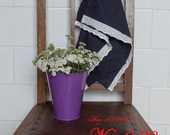 SALE! Linen tea towel with white cotton broderie lace prewashed hand towel guest towel wedding gift for hostess
