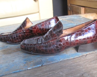 Alligator Vintage Hobbs Ladies US Size 7 or Euro size 38 Loafers
