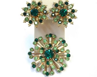 Peridot Emerald Green Rhinestone Starburst Brooch and Earring Set Two Tone Green Brooch Demi Parure Green Wedding Bridal Jewelry Set DD 1042