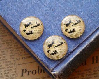 6 pcs 25mm Peter Pan Flying Book Pages Round Circle Cabochons (SFC2762)