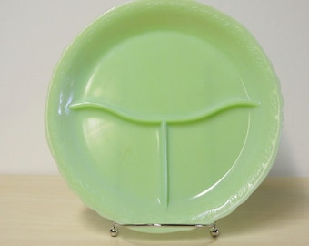 "Jadeite Grill Plate - McKee Laurel Divided Restaurant Ware 9"" Dinner Plate Vintage 1950s / Mid Century Retro Kitchen"