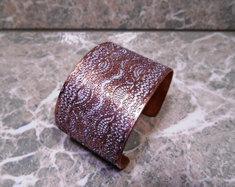 Metal Lace Cuff, Metal Lace Bracelet Cuff, Lace Jewelry, Wide Cuff, Wrist Cuff, Small Cuff, Copper Jewelry, Etched Metal Lace, Vintage Lace