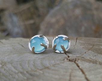 Blue Chalcedony Silver Stud Earrings. Sterling Silver Prong Setting with Blue Gemstone. Rose Cut Sky Blue Chalcedony Gem. Everyday Earrings.