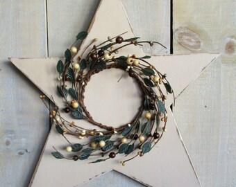 Primitive Wood Star, Large - Light Buttermilk