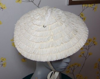 Vintage Cone Hat 1950s Child Size Hat Coolie Hat Asian Style Hat Pure Cream Raffia Hat with Ties
