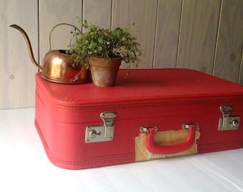 Vintage Hard sided suitcase. Deep Red suitcase. Vintage Luggage