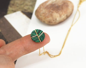 Malachite necklace, green stone necklace, green Gemstone Pendant, deep green necklace, layered necklace