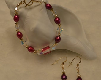 Swarovski Crystal and Freshwater Pearl Necklace and Earrings