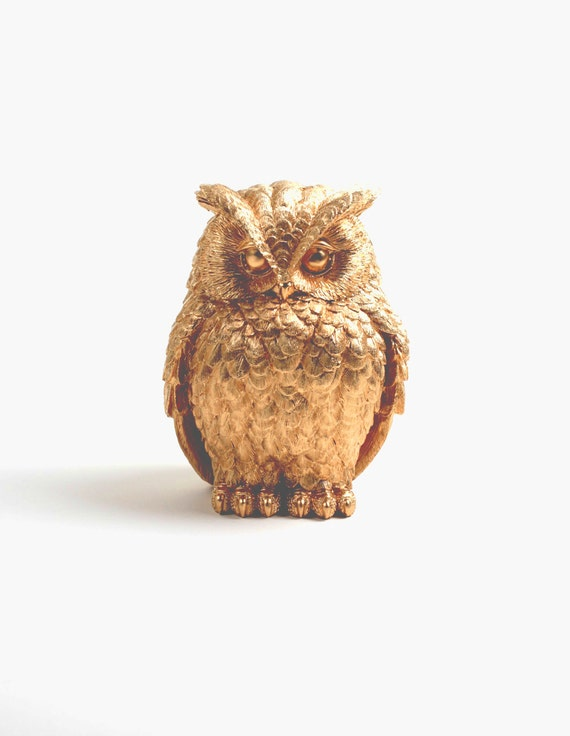 Owl home decor the chubby little gold owl gold barn owl for Owl decorations for the home