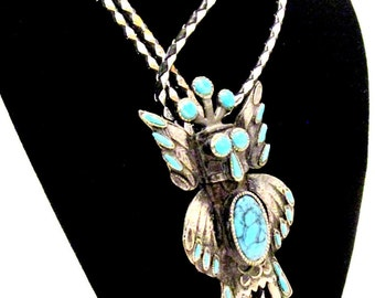 Vintage SOUTHWESTERN STYLE FAUX Turquoise Owl Silver Tone Bolo Tie Necklace