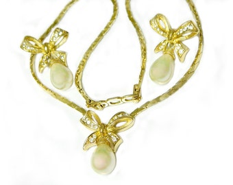 Christian Dior Bow 10K Gold Necklace Earrings Pearl Vintage High Fashion Designer Gold Overlay SALE Coupon Sparkle2017 For 15% Discount