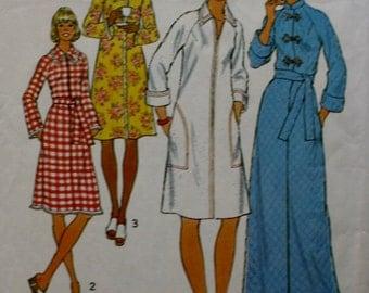 Robes Sewing Pattern/ Simplicity 7238/ Raglan Sleeves