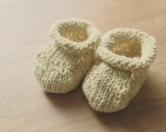 Cute cotton baby booties - newborn or infant - hand knit