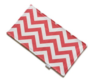 SALE || Burp Cloth || Zig Zag Coral || Fleece Backing