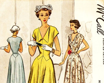 McCall 7698 Vintage 1940s Evening or Day Dress Sewing Pattern Sz 18