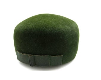 1960s Pillbox hat- green fedora pillbox vintage - mid century fashion