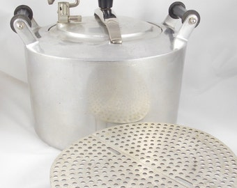 Minit Maid Cookware Pressure Cooker/Canner 1940s Kitchen