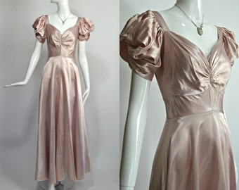 "FASHION ORIGINATORS GUILD 1930's Vintage Pale Pink Liquid Satin Dramatic Sleeve Evening Gown Old Hollywood Glamour 26"" Waist Small"