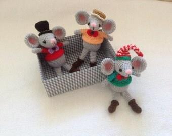 Adorable mouse crochet pattern