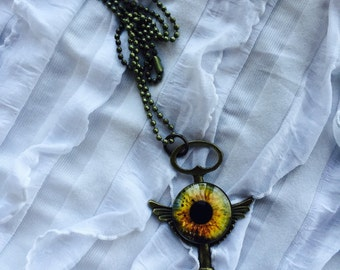 Dragon Eye, Dungeons and Dragons, Daenuys Targayen, Winged Skeleton Key, Fantasy, Goth Necklace
