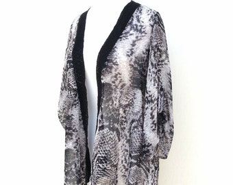 Black White Reptilian Print Kimono Cardigan