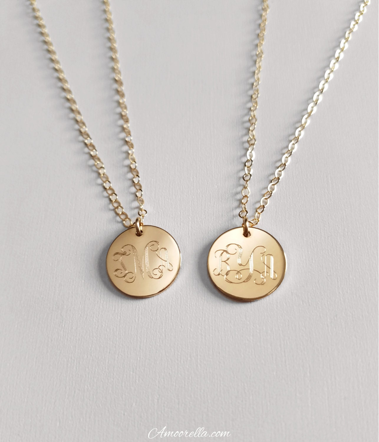 monogram circle disk necklace round initial necklace. Black Bedroom Furniture Sets. Home Design Ideas