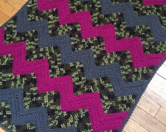 Baby Girl Camouflage and Pink Blanket - READY TO SHIP - Crochet - Baby Girl Gift - Hunter Baby Gift - Baby Blanket