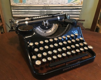 Exceptional Antique Underwood Portable 4-Bank Typewriter - Near Mint Working Condition