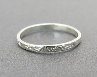 Unique Ring, Silver Ring, Stackable ring, Floral silver ring, floral lace stacking ring, delicate ring, thin silver ring, unique silver ring