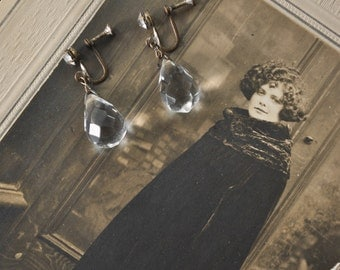 1920s Faceted Glass Tear Drop Earrings