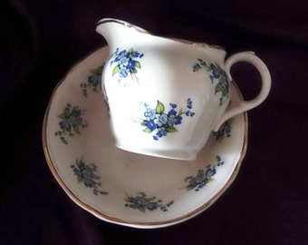 1940s Vintage Alfred Meakin England Cream Pitcher and Bowl